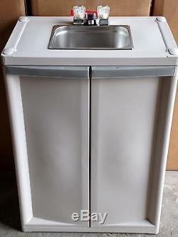 Portable Self Contained Sink With Hot Water